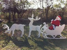 large santa sleigh and raindeer in Alexandria, Louisiana