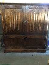 nice real oak TV-DVD cabinet in Alamogordo, New Mexico
